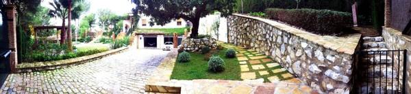 acceso villa palmeras